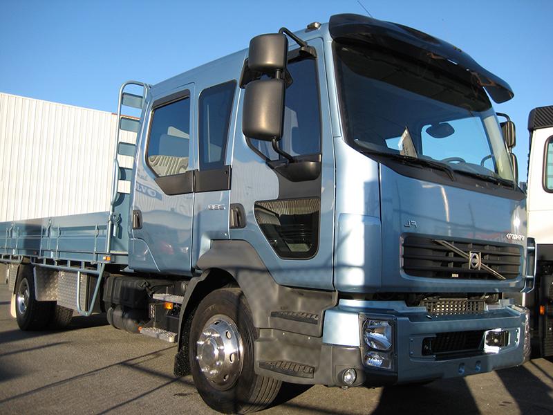Volvo_FL truck